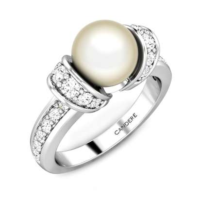 The Queen's Jewel Pearl Ring